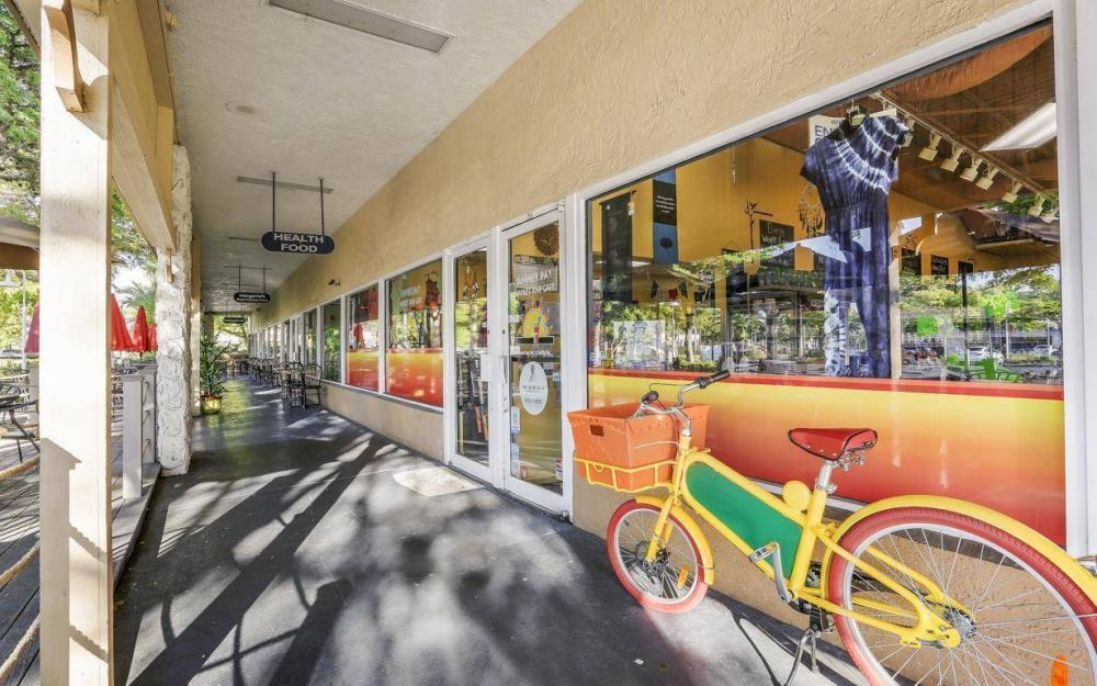 Summer Day Market & Café, Marco Island - Business For Sale 2105673213