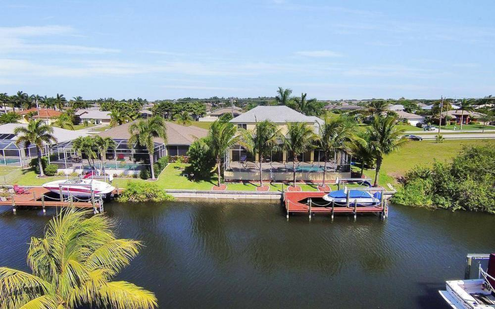 2616 Surfside Blvd, Cape Coral - House For Sale 459603921