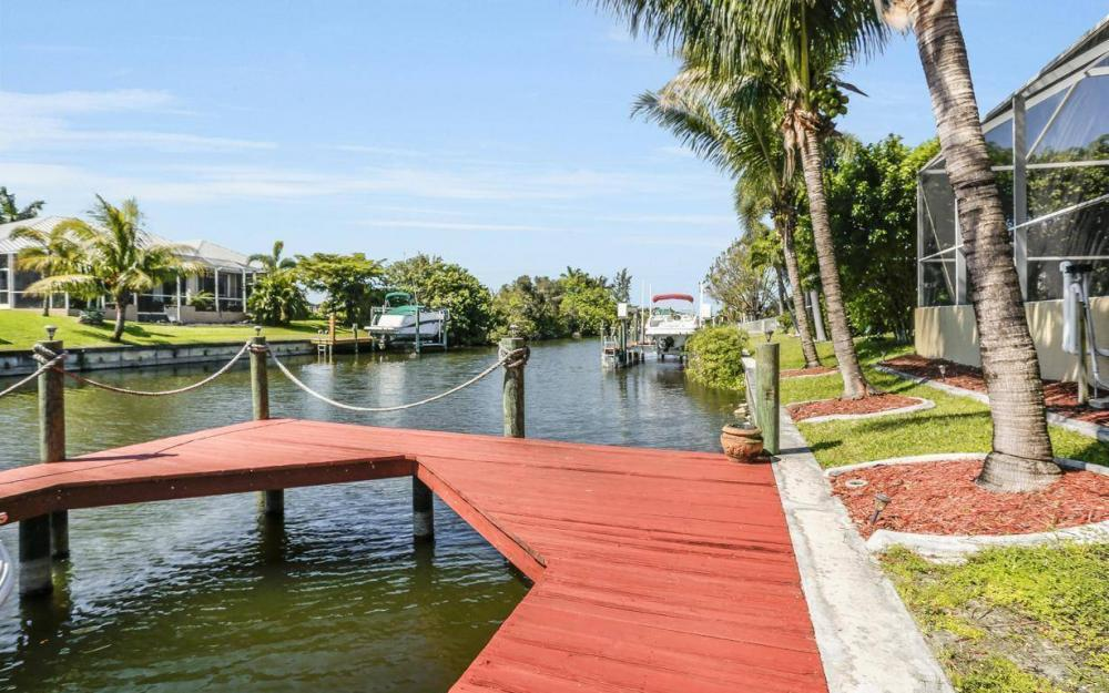 2616 Surfside Blvd, Cape Coral - House For Sale 1818214654