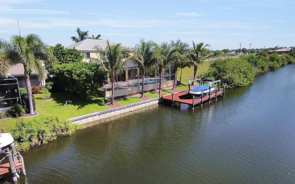 2616 Surfside Blvd, Cape Coral - House For Sale 1611896298