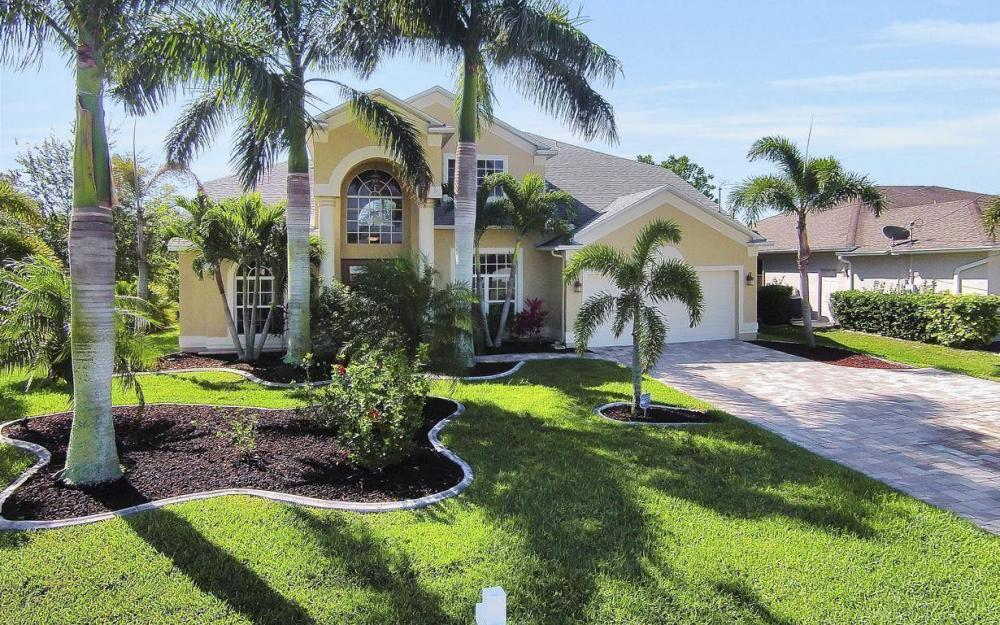 2616 Surfside Blvd, Cape Coral - House For Sale 92885791