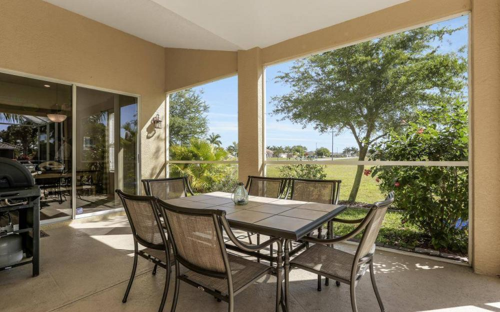 2616 Surfside Blvd, Cape Coral - House For Sale 307160785