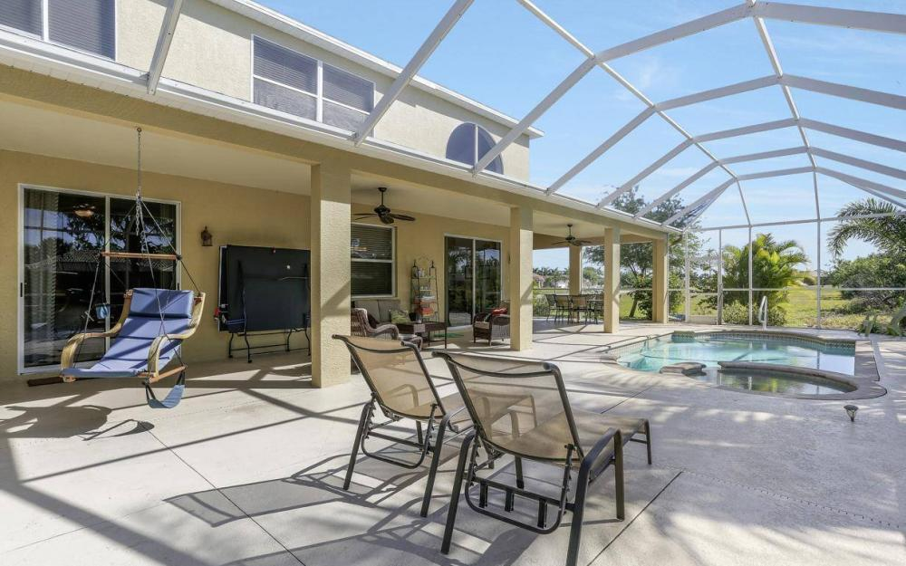 2616 Surfside Blvd, Cape Coral - House For Sale 465437835