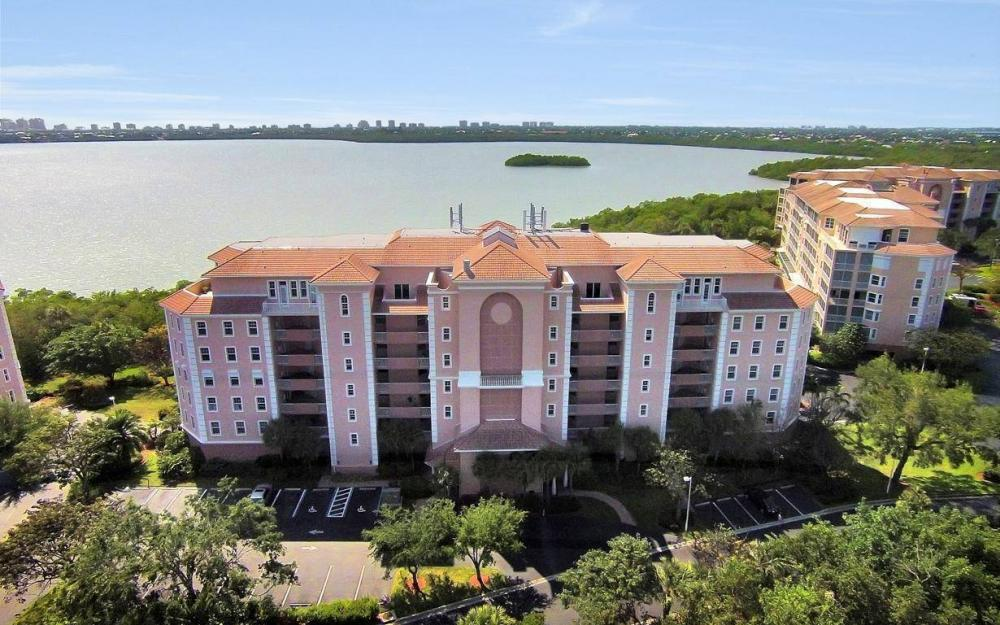 269 Vintage Bay Dr #25, Marco Island - Condo For Sale 2039487880