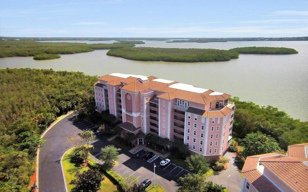 269 Vintage Bay Dr #25, Marco Island - Condo For Sale 1646304753