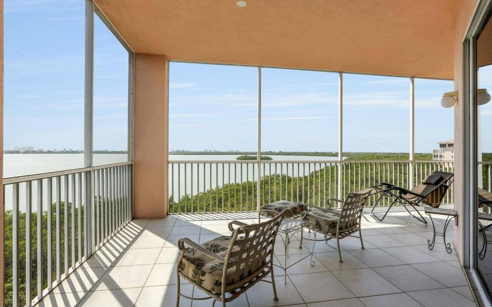 269 Vintage Bay Dr #25, Marco Island - Condo For Sale 946164254