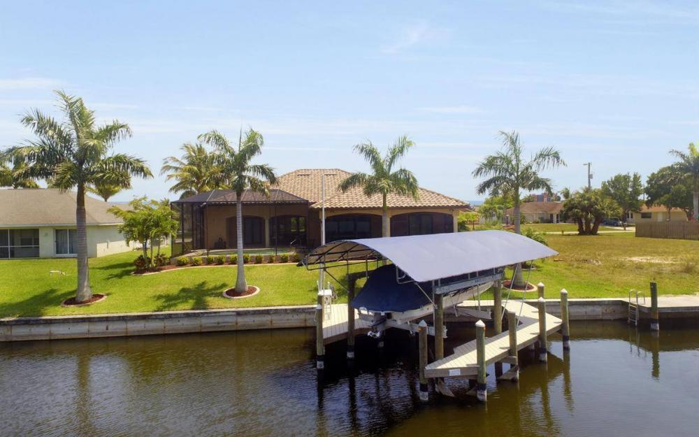 5418 SW 21st PL, Cape Coral - House For Sale 1071895994