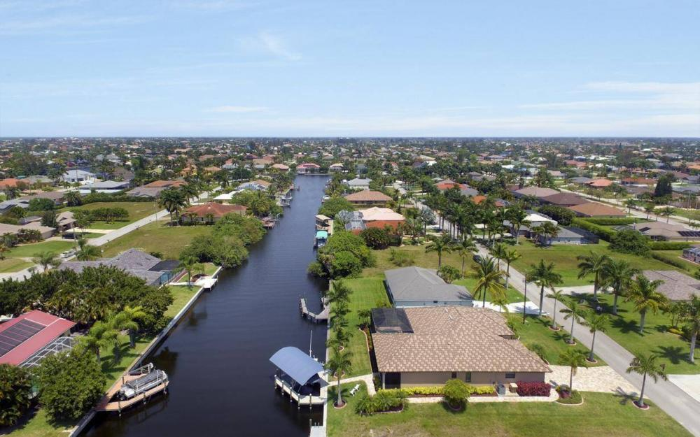 5418 SW 21st PL, Cape Coral - House For Sale 687418997