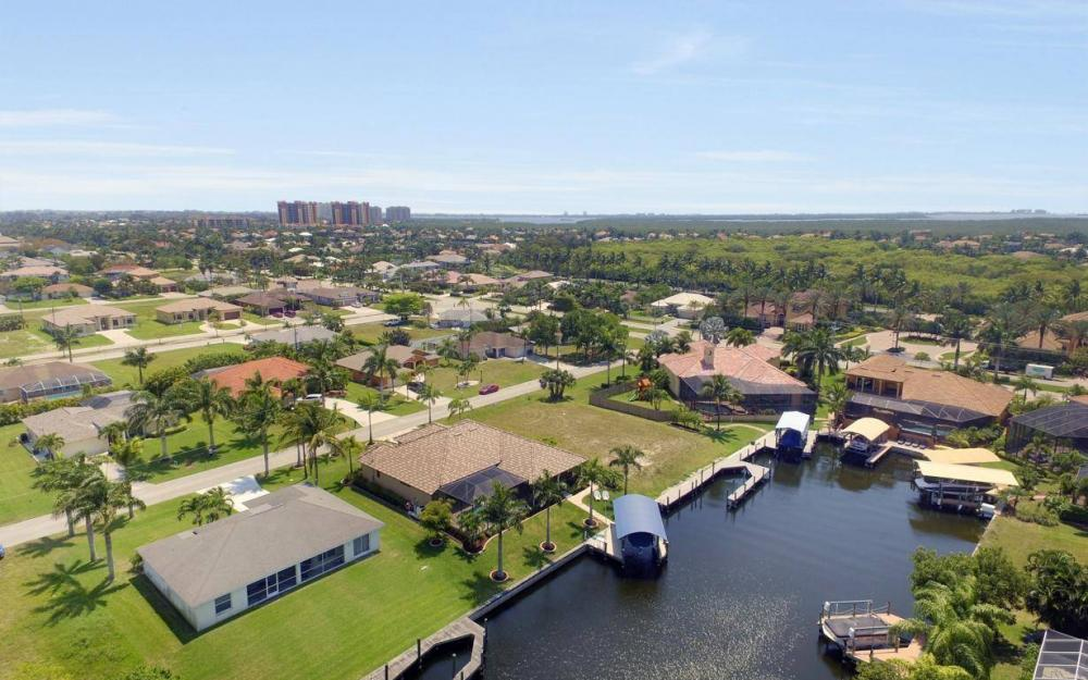 5418 SW 21st PL, Cape Coral - House For Sale 495859033