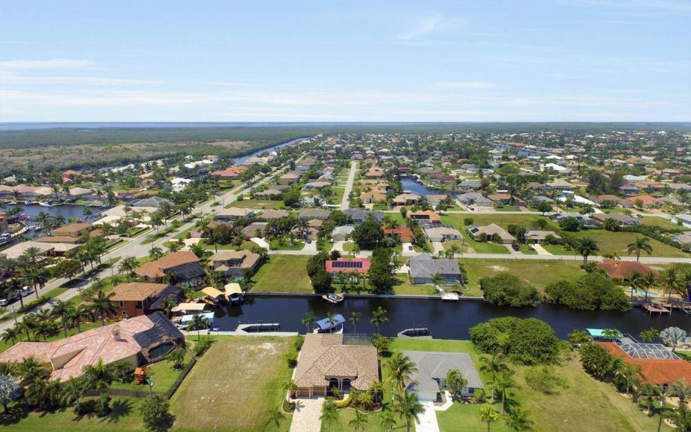 5418 SW 21st PL, Cape Coral - House For Sale 1131824404