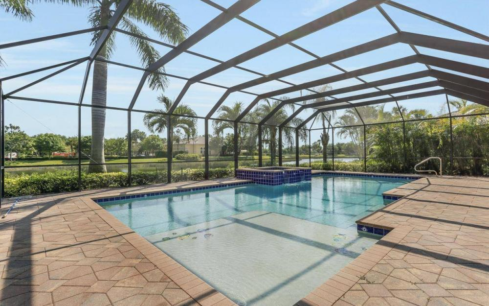 1426 King Sago Ct, Naples - House For Sale 541649259