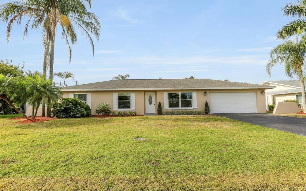 142 Willoughby Dr, Naples - House For Sale 1253110268