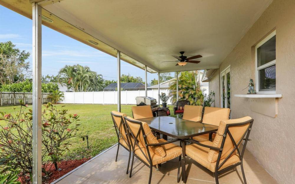 142 Willoughby Dr, Naples - House For Sale 1324186458