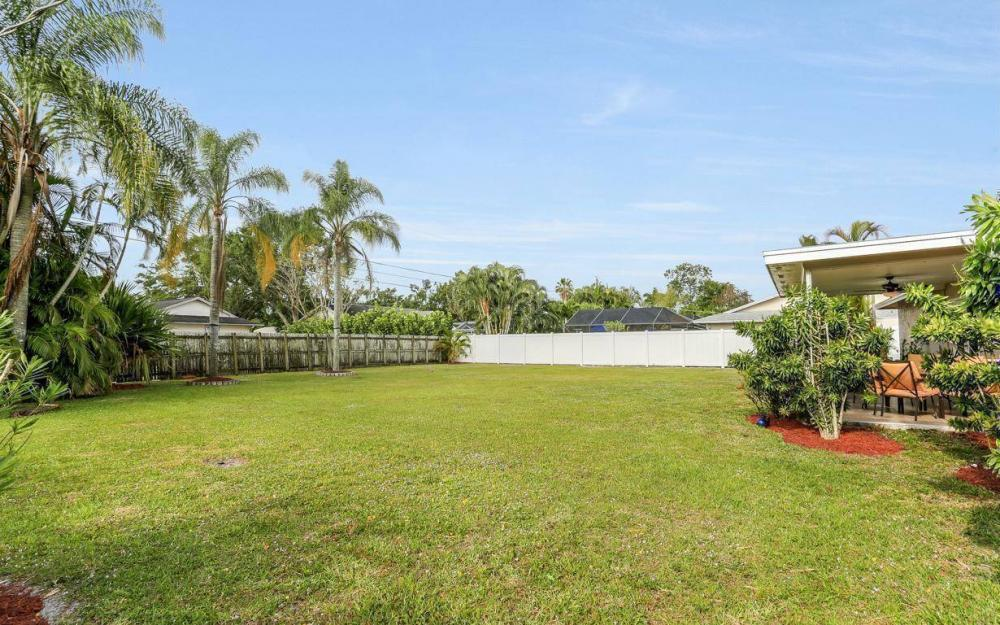 142 Willoughby Dr, Naples - House For Sale 1105739163