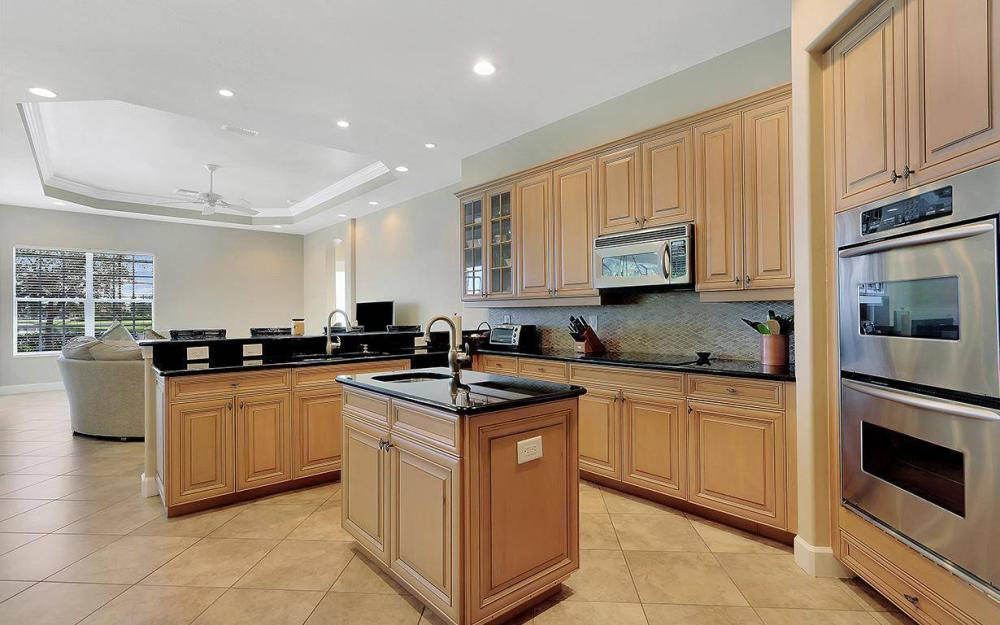 12079 Wicklow Ln, Naples - House For Sale 692834229