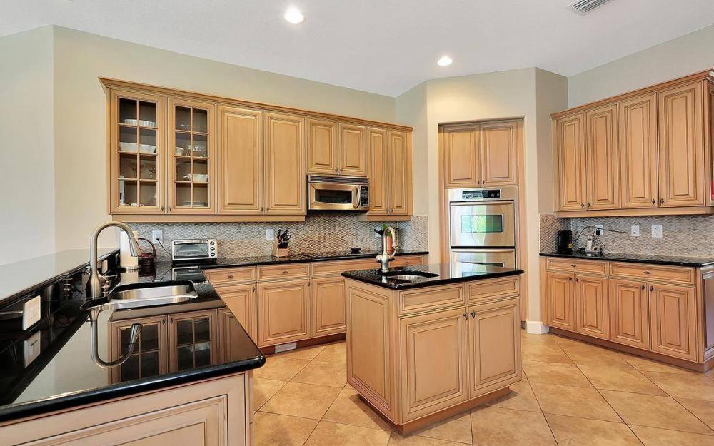 12079 Wicklow Ln, Naples - House For Sale 91083337