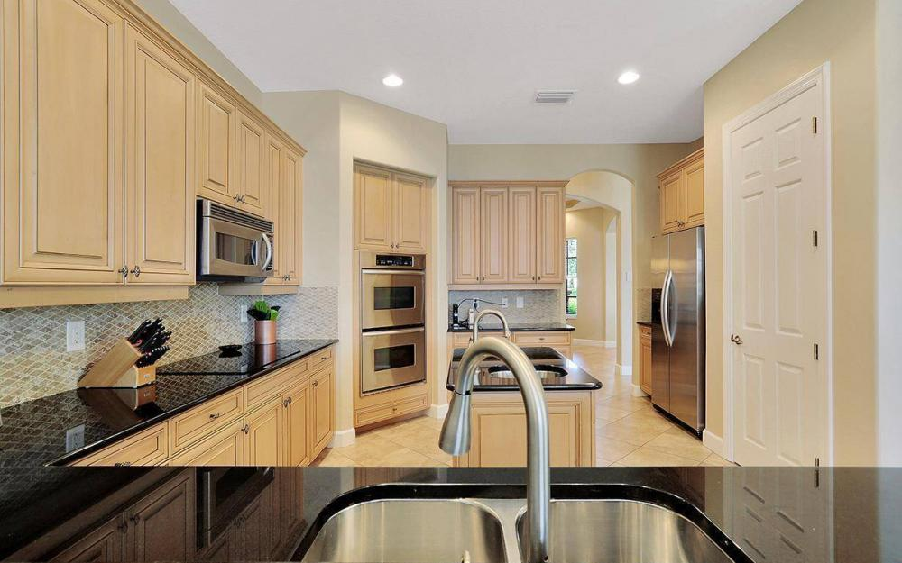 12079 Wicklow Ln, Naples - House For Sale 1599979372