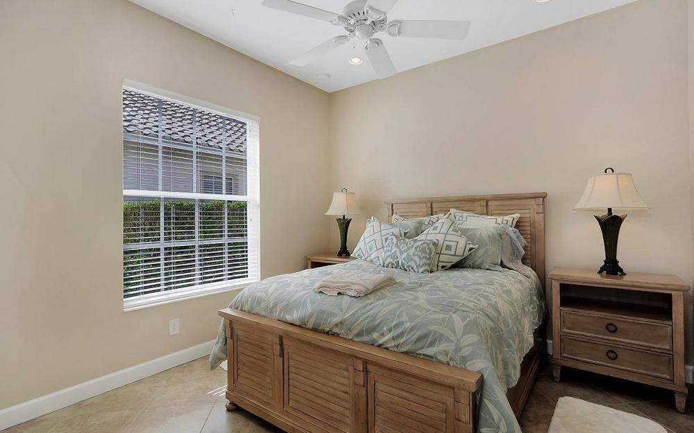 12079 Wicklow Ln, Naples - House For Sale 1275590447