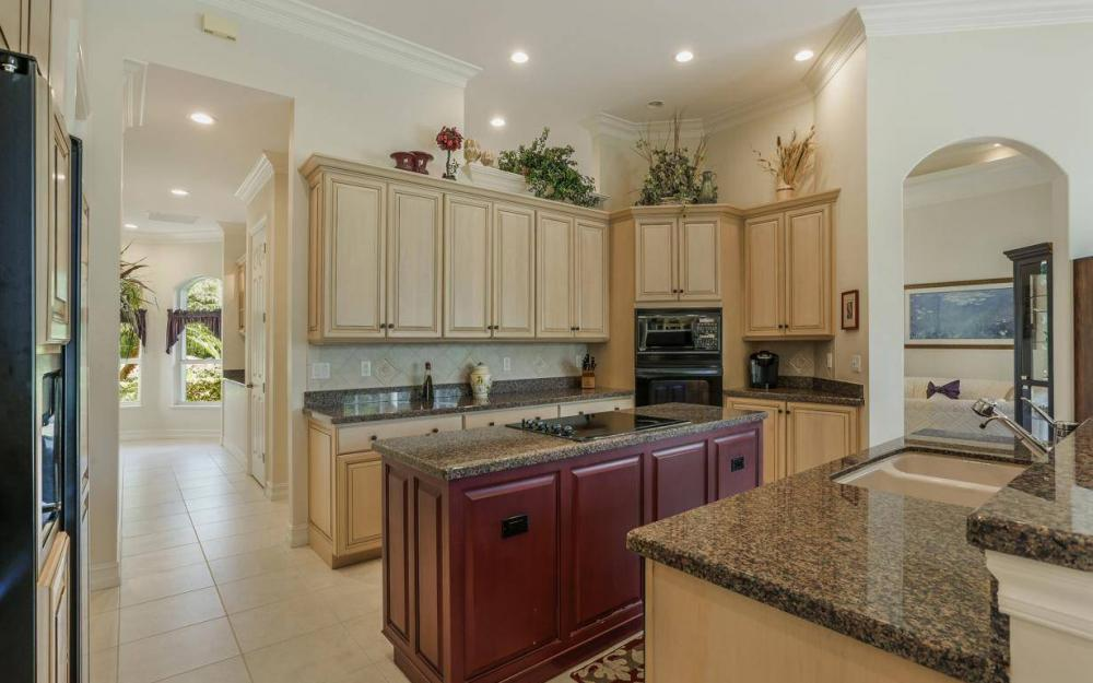11238 N Five Oaks Ln S, Naples - House For Sale 1039283181