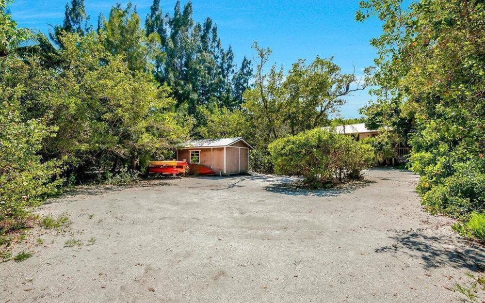 16177, 16179, 16181 Captiva Dr, Captiva - House For Sale 112302661