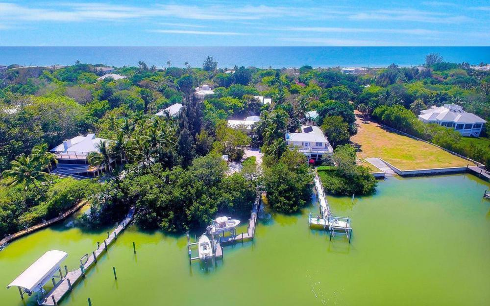 16177, 16179, 16181 Captiva Dr, Captiva - House For Sale 423393976