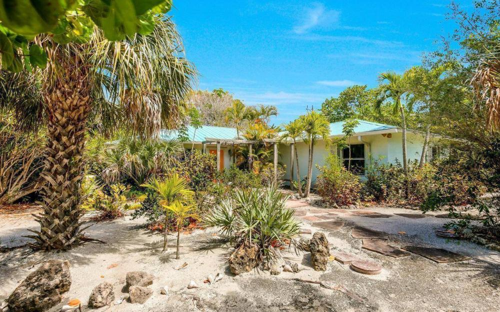 16177, 16179, 16181 Captiva Dr, Captiva - House For Sale 830407658