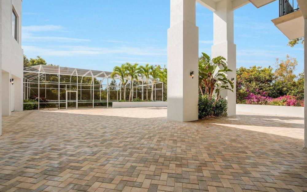 1078 Blue Hill Creek Dr, Marco Island - House For Sale 313680066