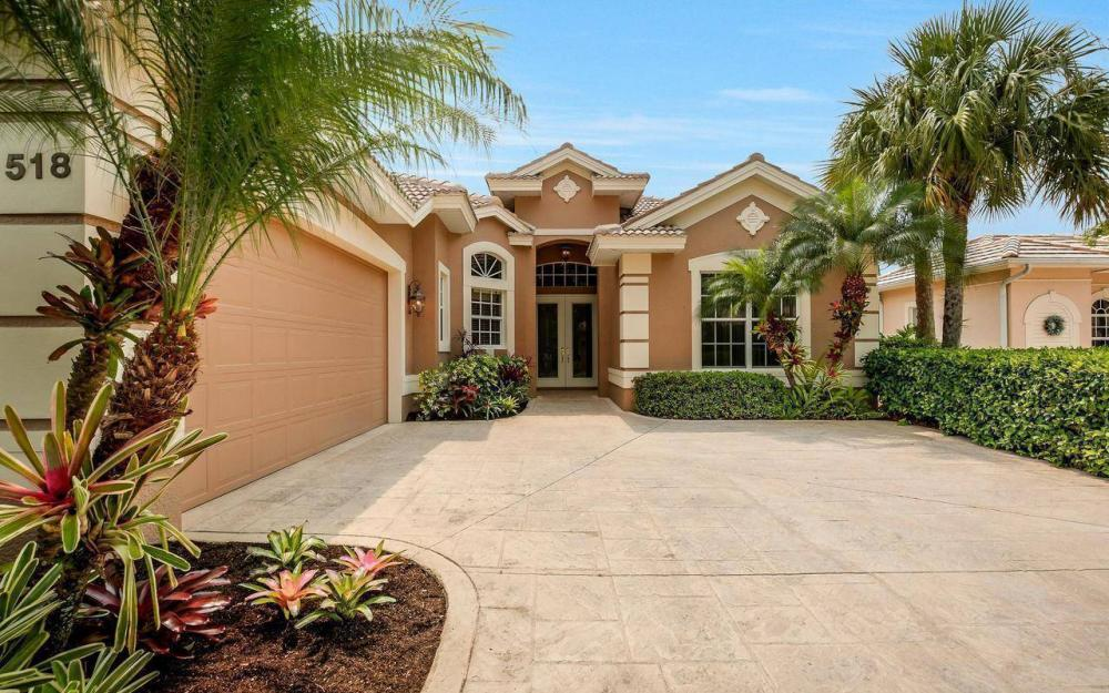 518 Eagle Creek Dr, Naples - House For Sale 1134026032