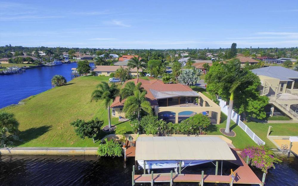 1943 SE 32nd Ter, Cape Coral - House For Sale 389397079