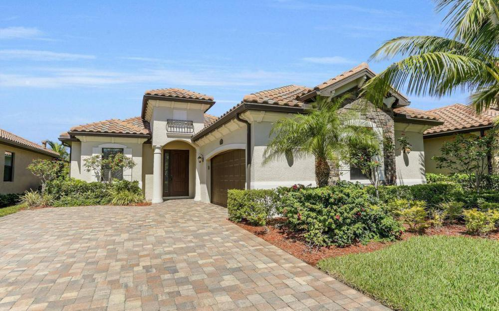 9459 Piacere Way, Naples - House For Sale 1910669337