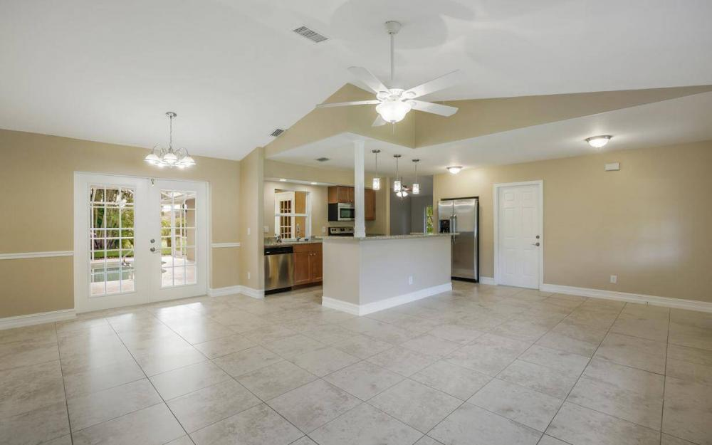 22551 Fountain Lakes Blvd, Estero - House For Sale 914643585