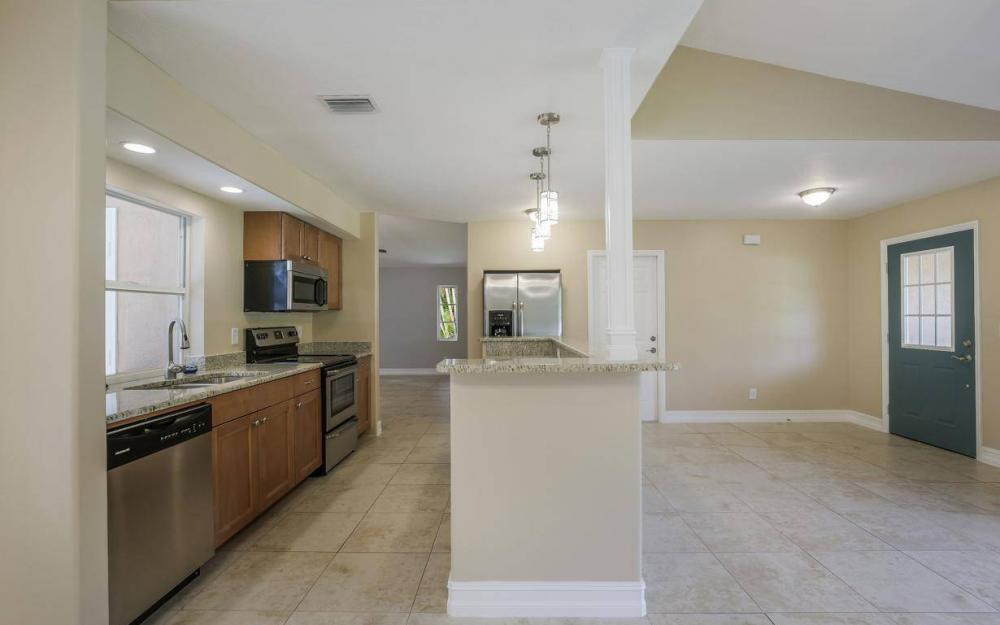 22551 Fountain Lakes Blvd, Estero - House For Sale 2079499878