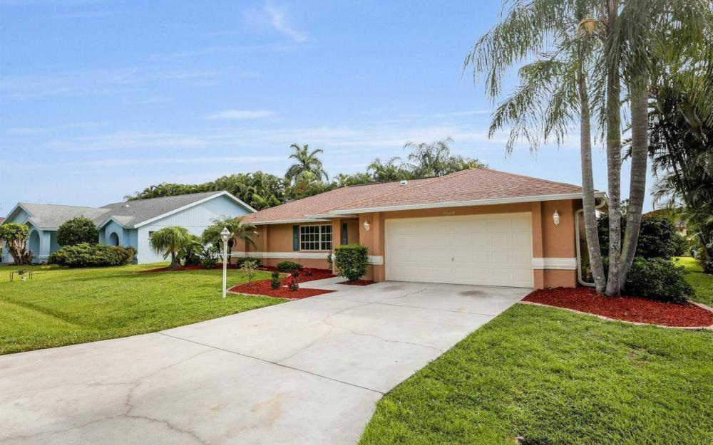 22551 Fountain Lakes Blvd, Estero - House For Sale 1801470476