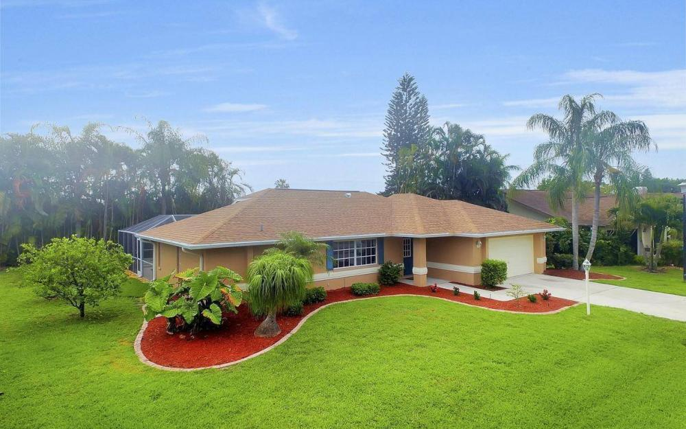 22551 Fountain Lakes Blvd, Estero - House For Sale 481707655