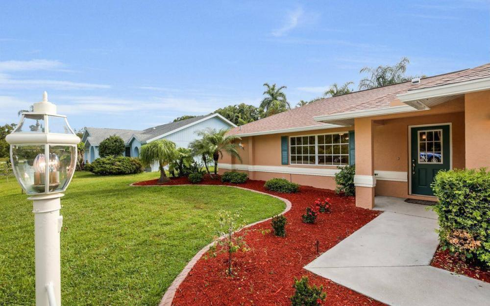 22551 Fountain Lakes Blvd, Estero - House For Sale 410662265