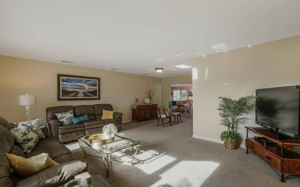 1408 Venetian Ct, Cape Coral - House For Sale 443687623