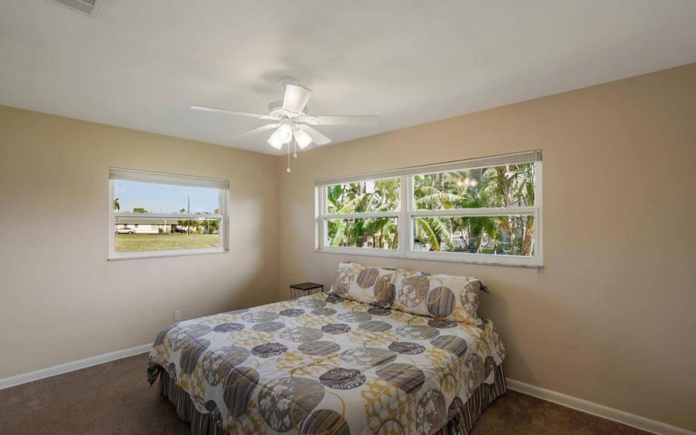 1408 Venetian Ct, Cape Coral - House For Sale 1848376488