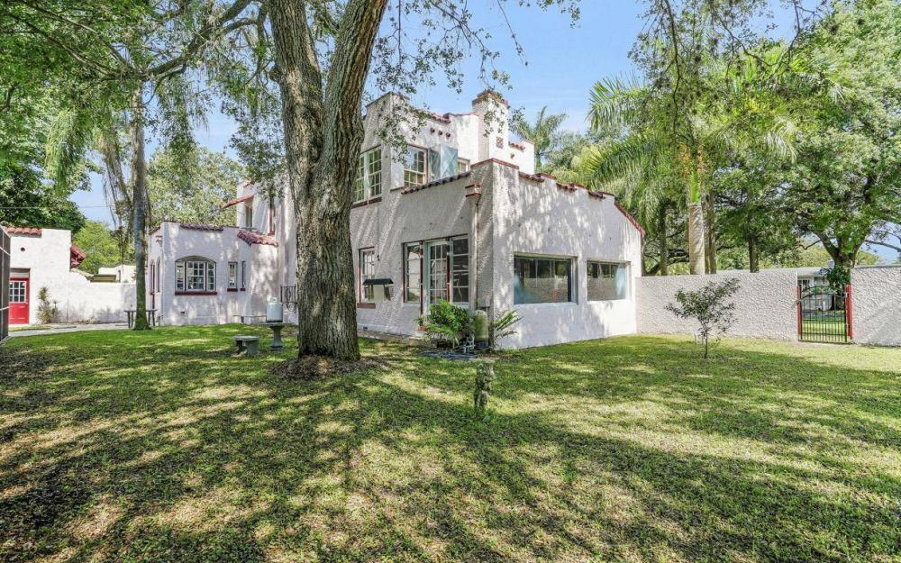 1386 Gasparilla Dr, Fort Myers, - House For Sale 435445590