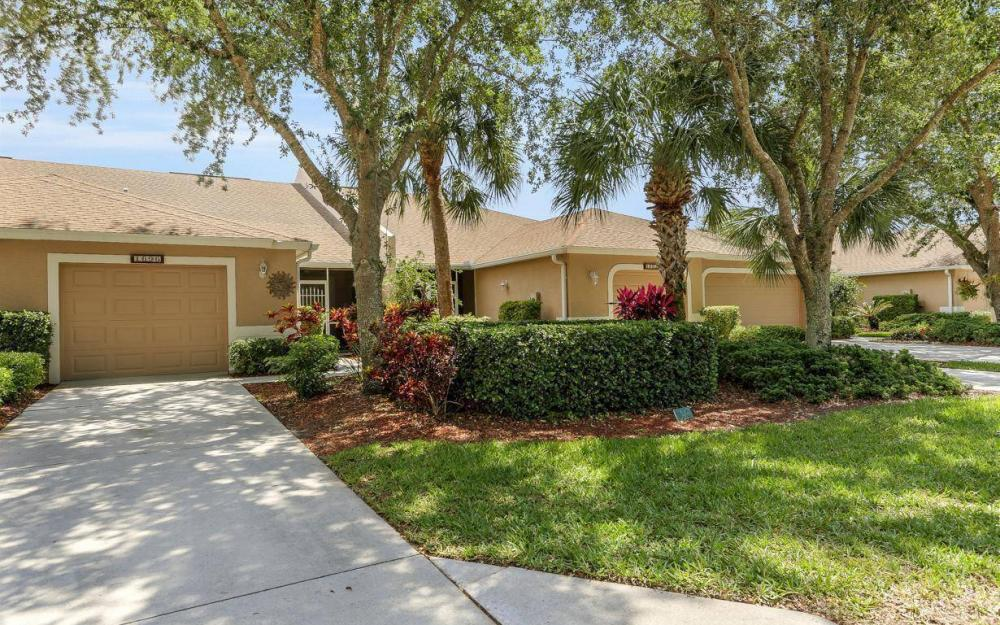 1697 Morning Sun Ln, Naples - House For Sale 366490682
