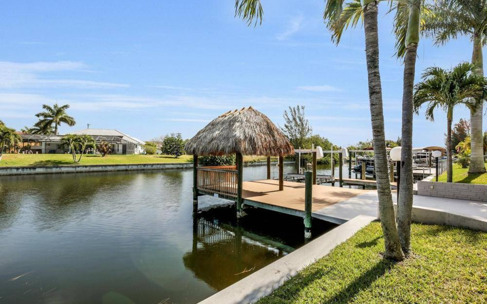 2615 SW 35th Ln, Cape Coral - House For Sale 98185077