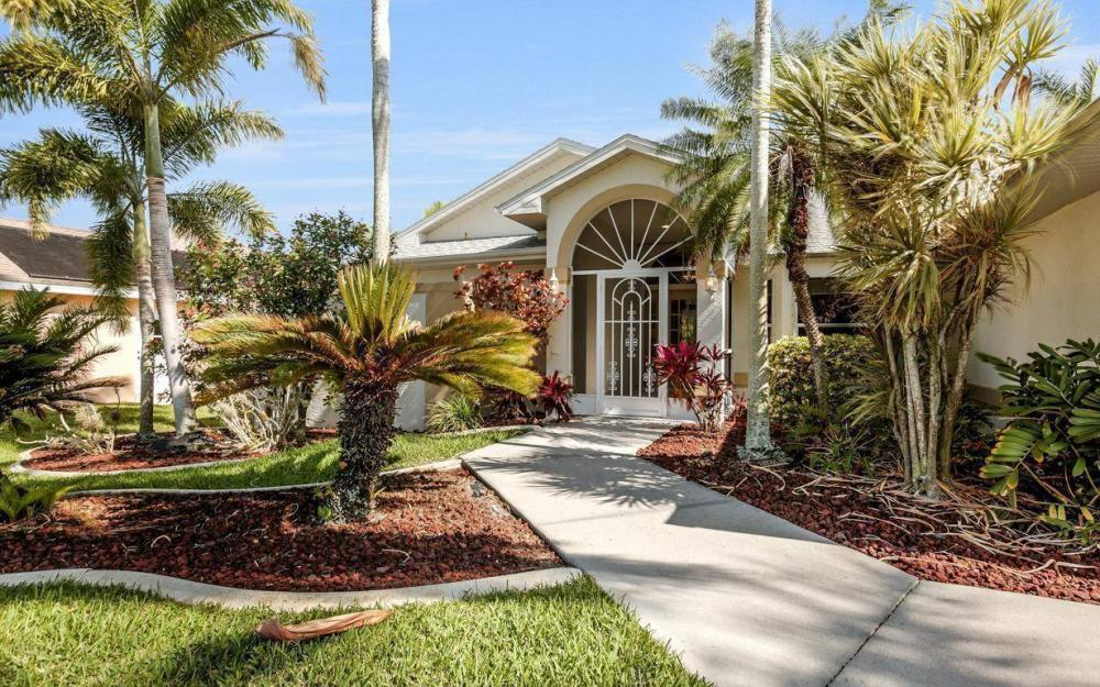 2615 SW 35th Ln, Cape Coral - House For Sale 1899159472