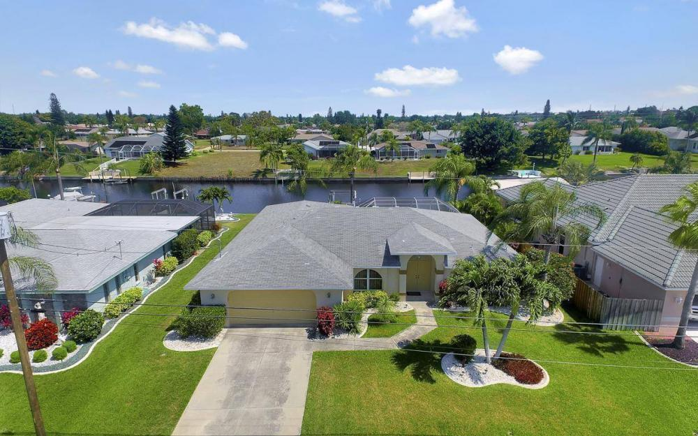 1315 SE 32nd Ter,  Cape Coral - House For Sale 1059188293