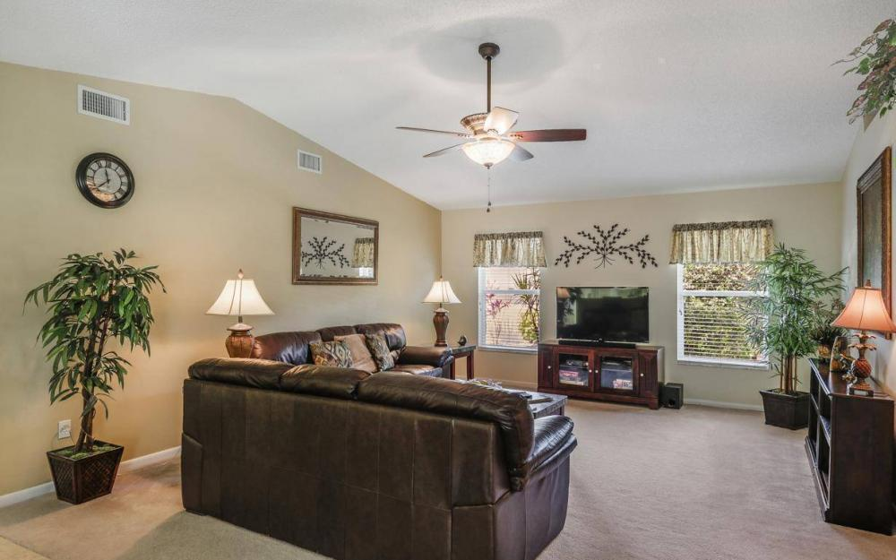 1315 SE 32nd Ter,  Cape Coral - House For Sale 65144113
