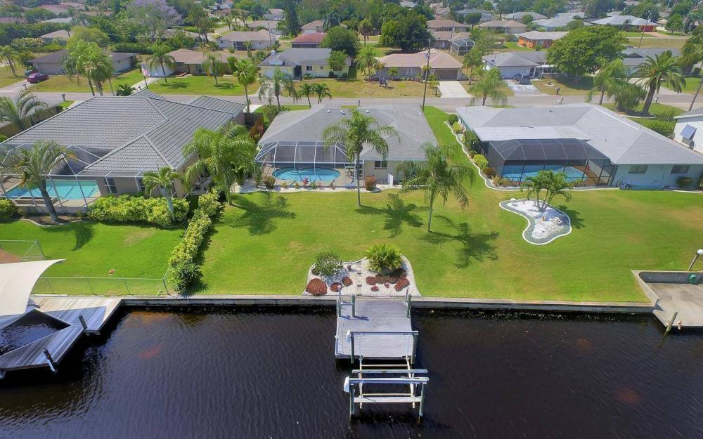 1315 SE 32nd Ter,  Cape Coral - House For Sale 1163912250