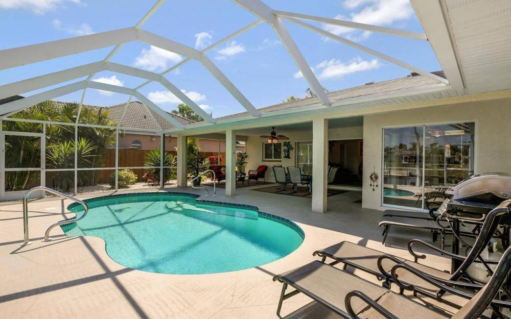 1315 SE 32nd Ter,  Cape Coral - House For Sale 2008107330