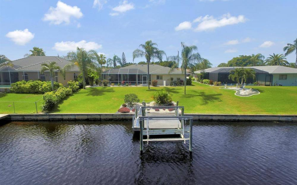 1315 SE 32nd Ter,  Cape Coral - House For Sale 1015858475