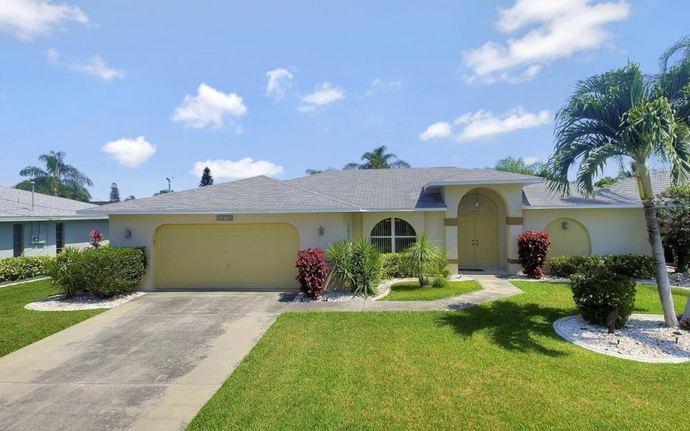 1315 SE 32nd Ter,  Cape Coral - House For Sale 530955371