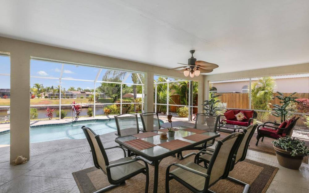1315 SE 32nd Ter,  Cape Coral - House For Sale 2112367303