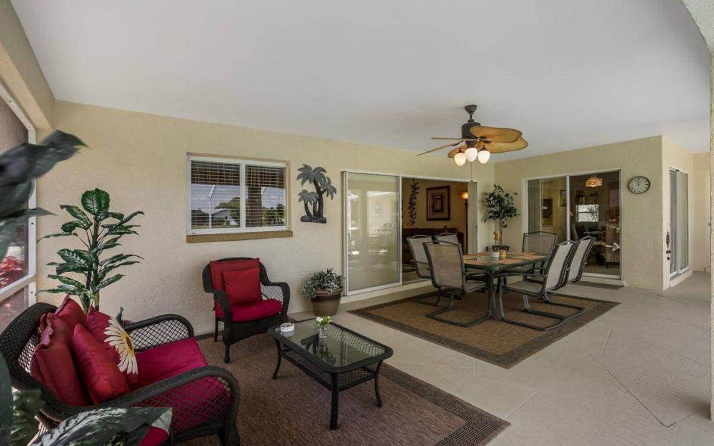 1315 SE 32nd Ter,  Cape Coral - House For Sale 1908196557