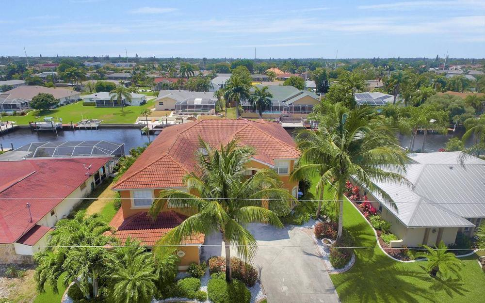 3328 SE 17th Pl, Cape Coral - House For Sale 1484538627